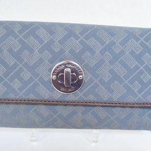 Tommy Hilfiger Grey Fabric Long Clutch Wallet
